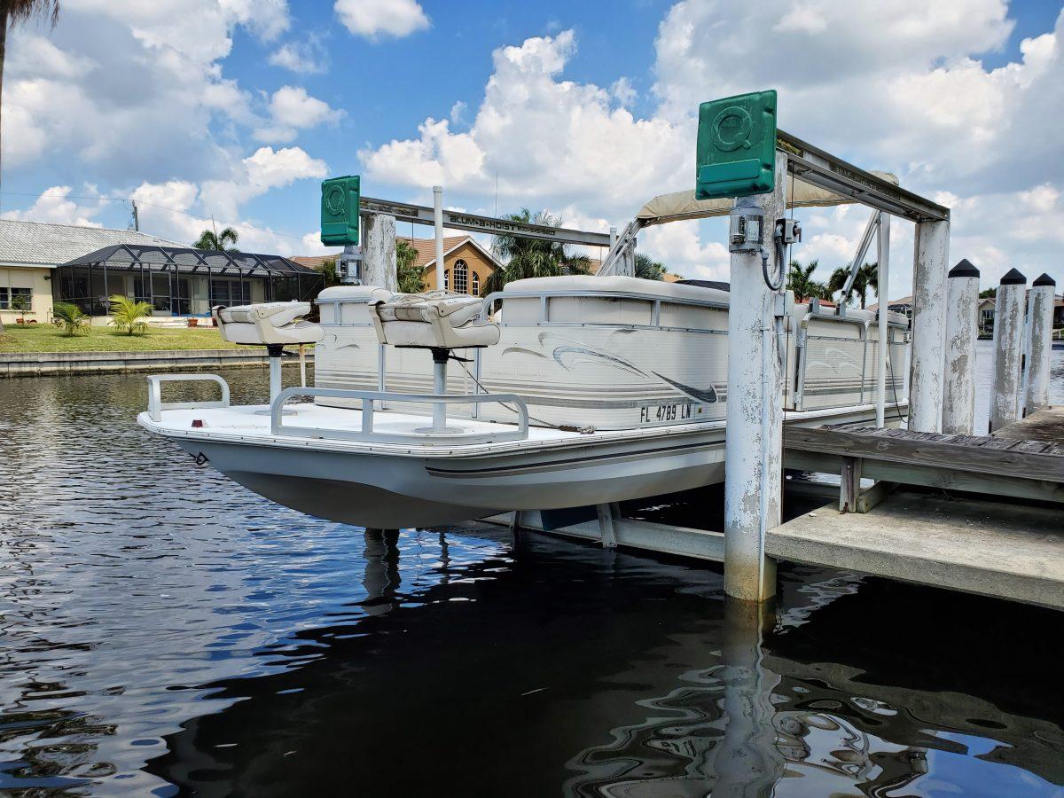 2001 Sylvan 2100 Space Deck – Fish & Cruise